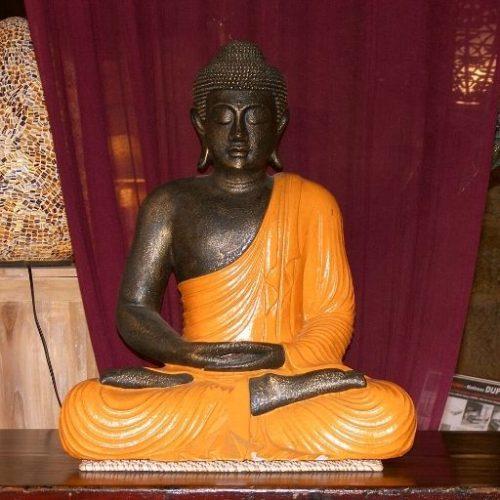 Escultura de Buda sentado naranja