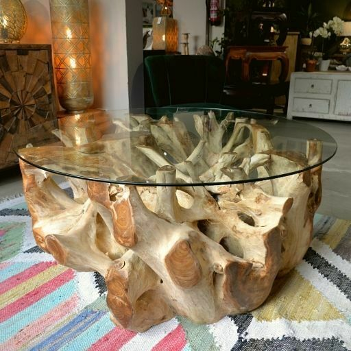 Mesa de centro de raiz de teca